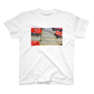 観客席 T-shirts