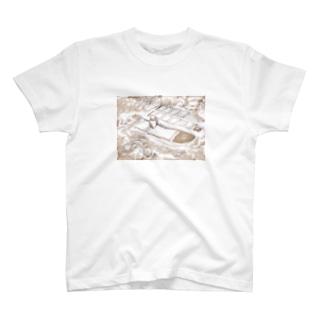 村 T-shirts