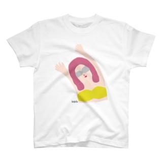 エイミー.山吹 T-shirts