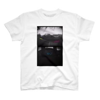 おめんねこと針穴 T-shirts