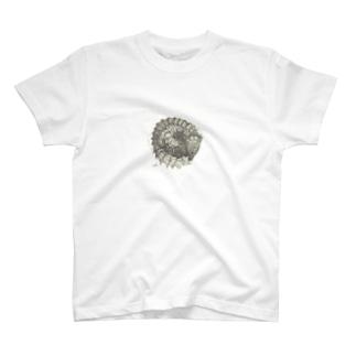 アルマジロトカゲ T-shirts