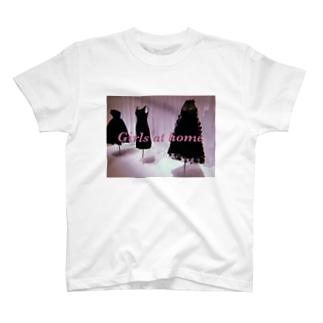 Girls at home fashionista  T-shirts