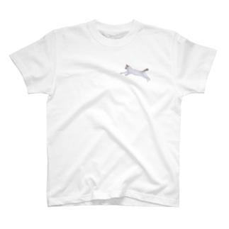 飛ぶ猫 T-shirts
