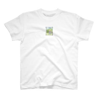 春と朝と君と。 T-shirts
