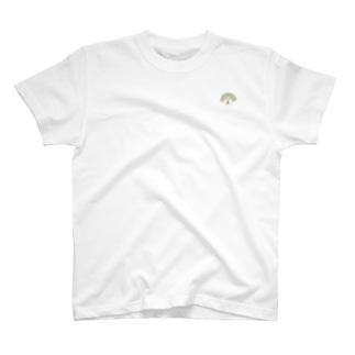 胸元deナナーメ T-shirts