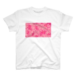 重なりお花 T-shirts