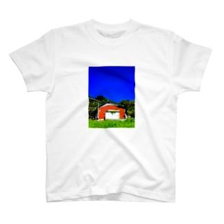 ブルースカイ古民家 T-shirts