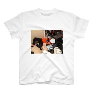otaku melt down T-shirts