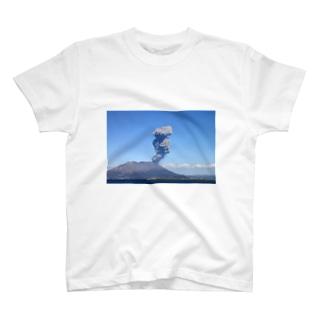 桜島 T-shirts