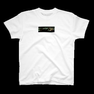 モノカキさんの揺れ、溢れる夜 T-shirts