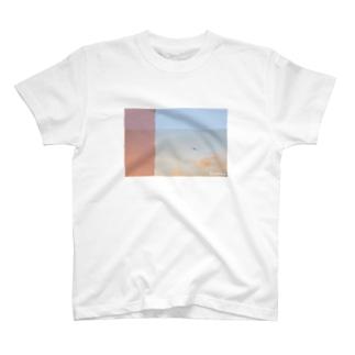 青空→夕陽 T-shirts