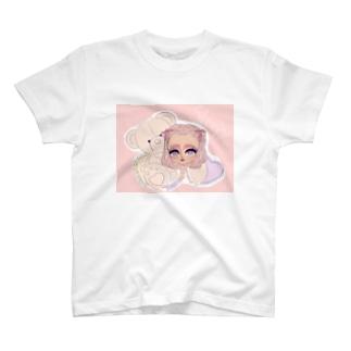 sleepy girl T-shirts
