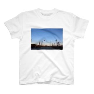 あの日の踏み切り T-shirts