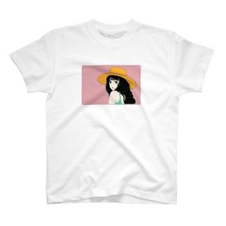 麦わら帽子のイケてる彼女 T-shirts