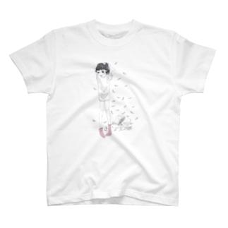 泉まくら 女の子  T-shirts