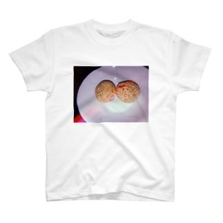 胡麻団子 T-shirts
