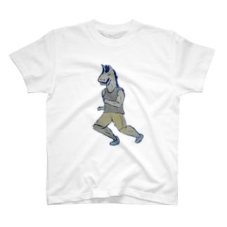 うま T-shirts
