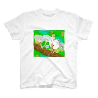 ホワイトプリーツメイト T-shirts