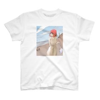 海を振り返る T-shirts