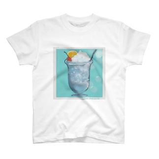 初雪と入道雲のクリームソーダ T-shirts