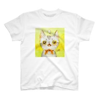 いいぼしまりのあっとおどろくサバトラちゃん T-shirts