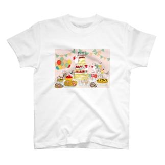 誕生日 T-shirts