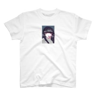 泣き虫な女の子 T-shirts