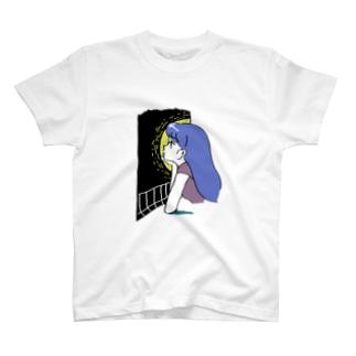 たそがれ・白 T-shirts