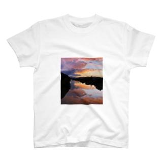 IRUMA_River TOYOMIZU T-shirts