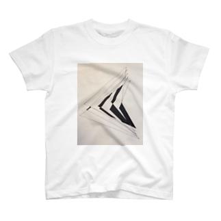 斜線 T-shirts