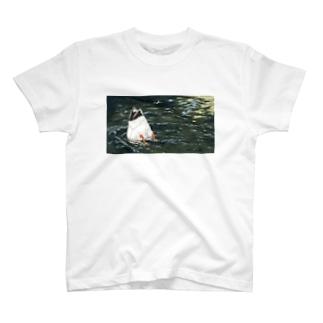 おしり丸出しかもさん T-shirts