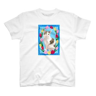 チューリップと猫 T-shirts