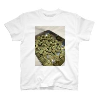 ガンジャでばあちゃんじいちゃん神社 T-shirts