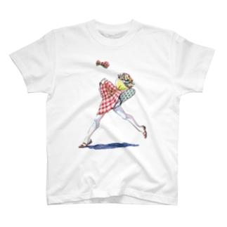 透明な女の子 T-shirts