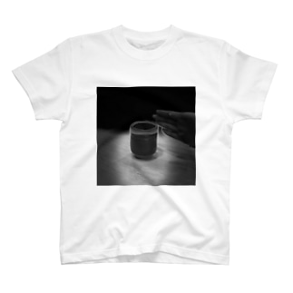 神々しい湯呑み T-shirts