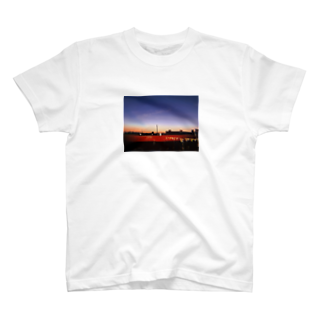 chi_n1107のhanabi no mae T-shirts