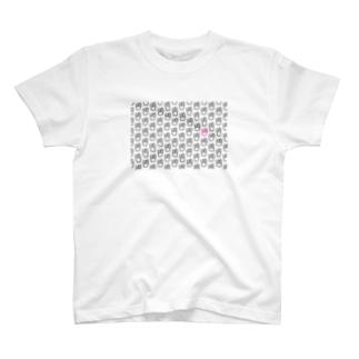 ブラック肉パターン T-shirts