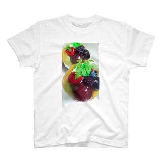 キラキラモリモリフルーツ T-shirts