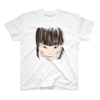 するどい少女 T-shirts
