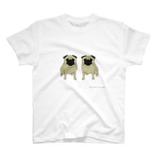 双子のパグ T-shirts