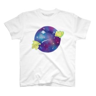 yurukero in universe2 T-shirts