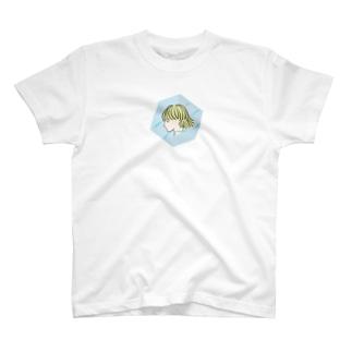 空間ガール T-shirts