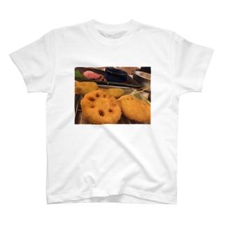 串カツ T-shirts