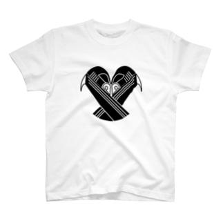 家紋風ウサギコウモリ T-shirts
