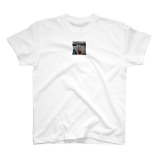 びりー T-shirts