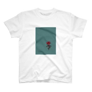 孤高の薔薇 T-shirts