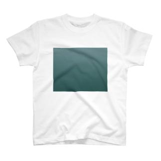 ハトな色 T-shirts