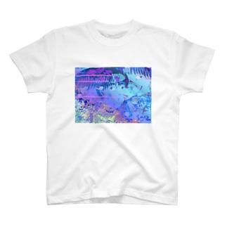 やさしい心臓マッサージ T-shirts