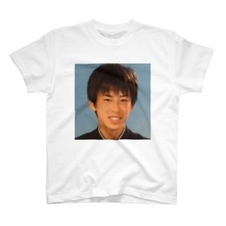 Tshirt on Gutty T-shirts