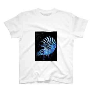オウムガイ T-shirts